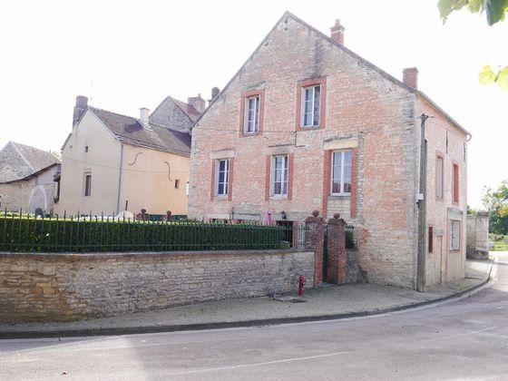 Vente maison 9 pièces 165 m2