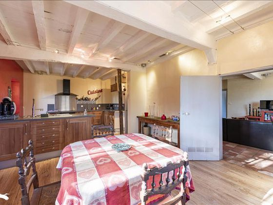 Vente maison 6 pièces 218 m2