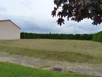 Terrain 895 m2