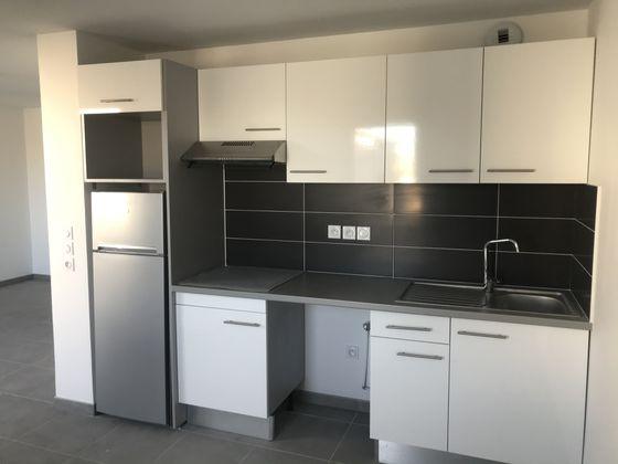Location appartement 3 pièces 69,14 m2