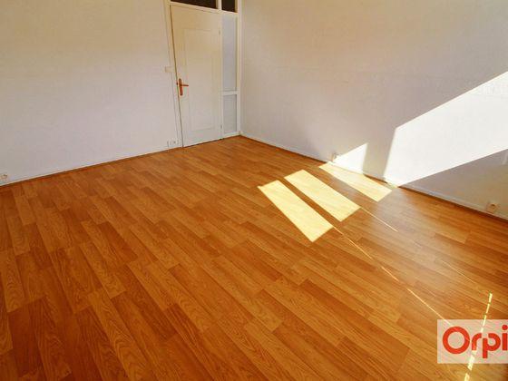 Location appartement 3 pièces 56,4 m2