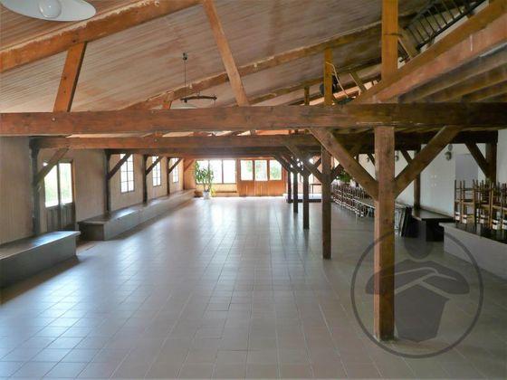 Vente propriété 18 pièces 720 m2