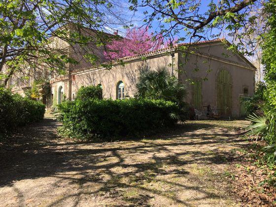 Vente château 14 pièces 900 m2