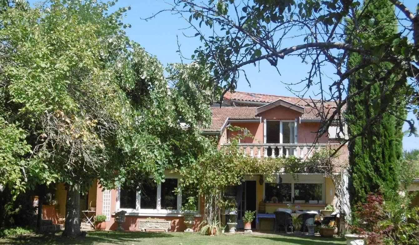 Maison avec terrasse Foix
