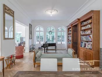 Appartement 7 pièces 209 m2