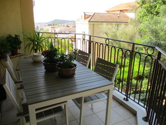 Vente appartement 2 pièces 66,97 m2