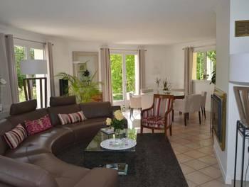Maison 8 pièces 310 m2