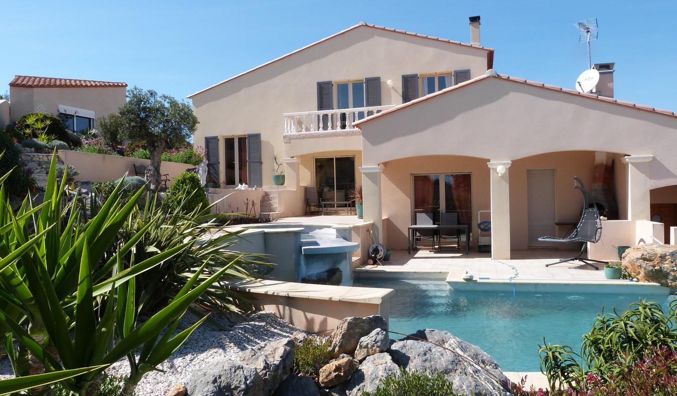 Villa avec piscine et terrasse Leucate