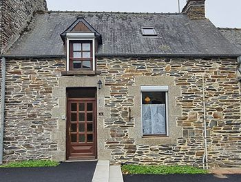 maison à Saint-Igeaux (22)