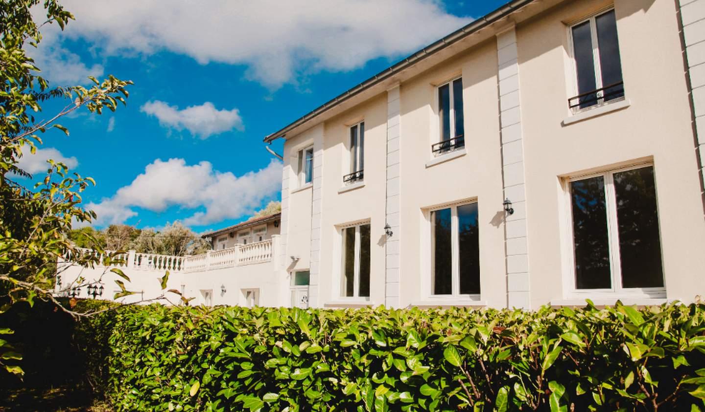Maison Condé-Sainte-Libiaire
