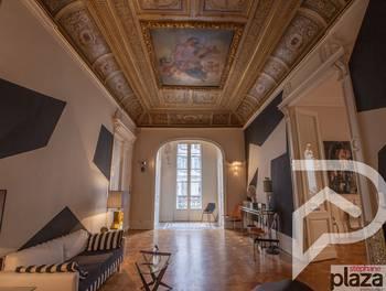 Appartement 6 pièces 203 m2