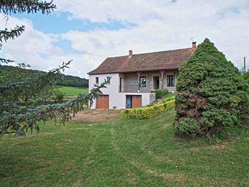 maison à Genouilly (71)