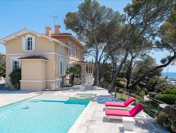 Villa 10 pièces 352 m2