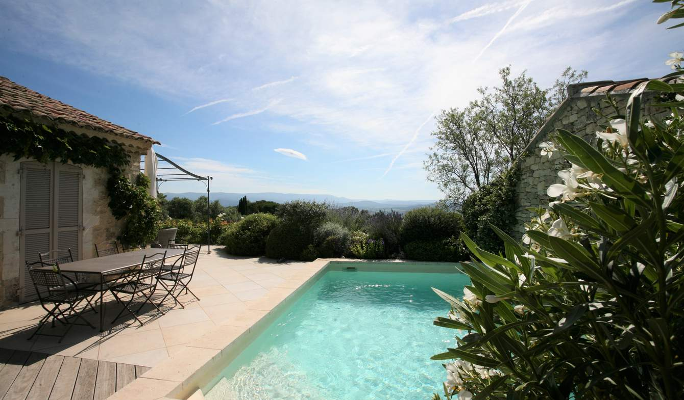 House with pool and garden Gordes