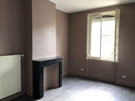 Location maison 3 pièces 77,38 m2