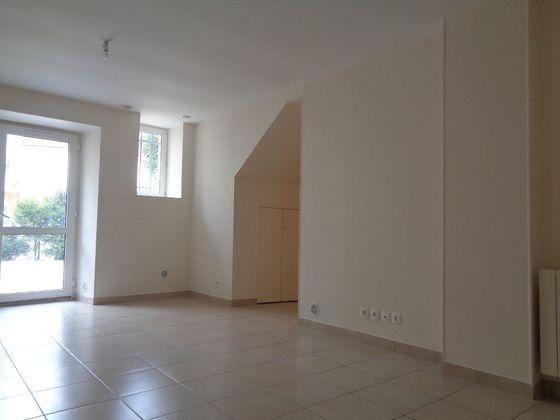 Location studio 31,4 m2