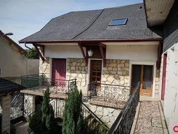 Maison 12 pièces 251 m2