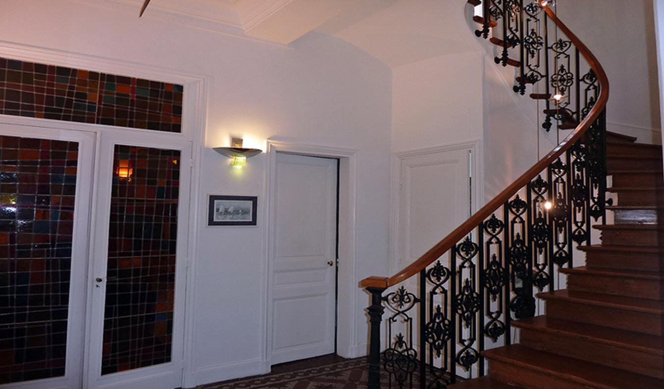 Hôtel particulier avec jardin et salle de réception Paris 16ème