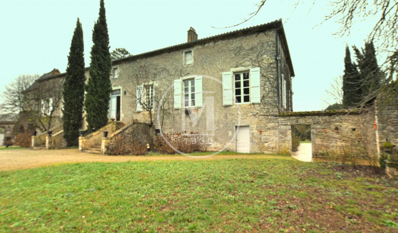 House with terrace Cahors