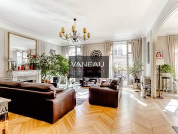Appartement 8 pièces 229,89 m2