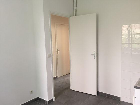 Location studio 30,24 m2