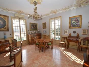 Maison 12 pièces 276,9 m2