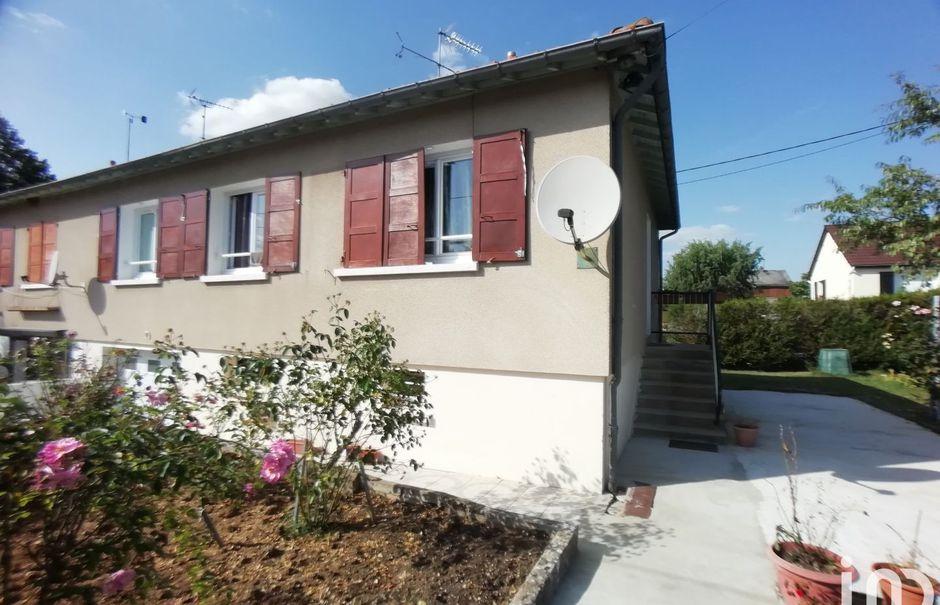 Vente maison 4 pièces 64 m² à Champs-sur-Yonne (89290), 127 500 €