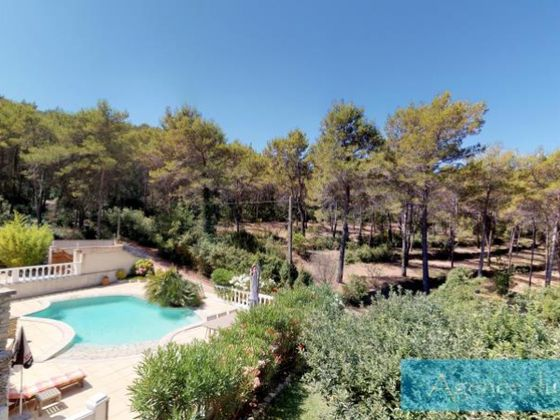 Vente villa 5 pièces 145 m2