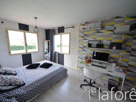 Vente maison 4 pièces 143,37 m2