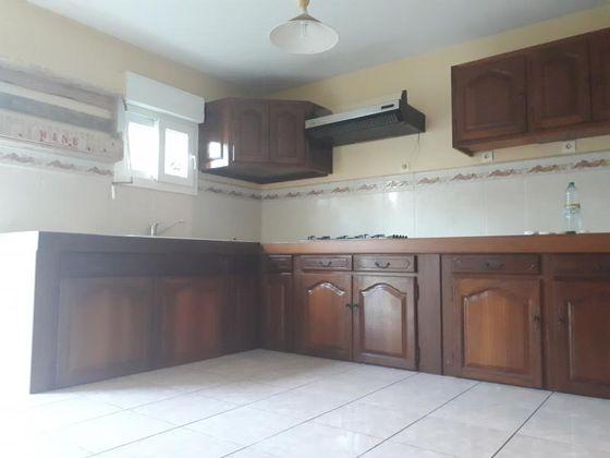 Location villa 4 pièces 100 m2