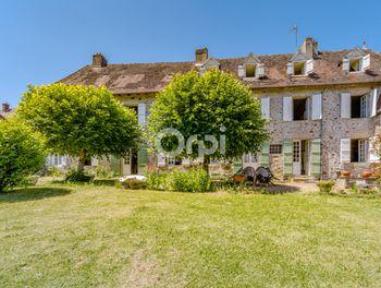maison à Saint-Priest-Ligoure (87)