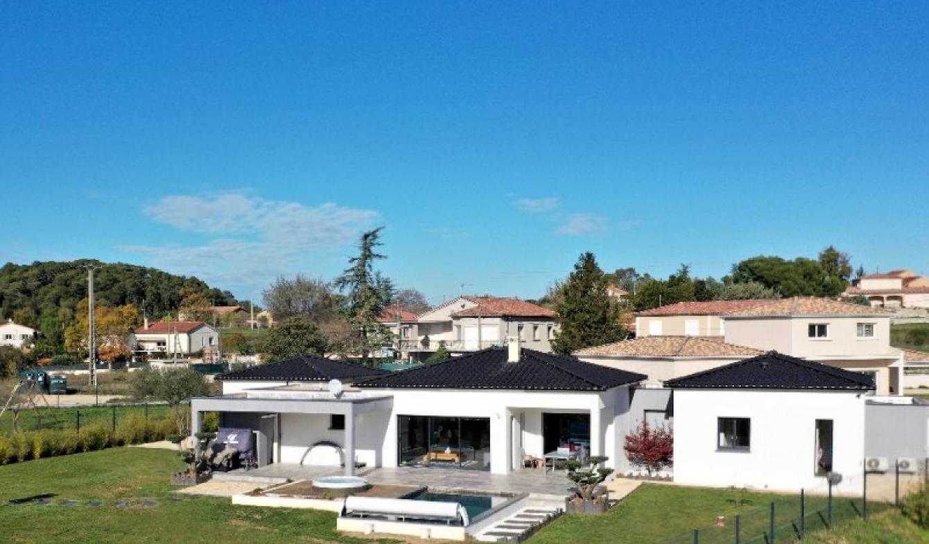 Maison avec piscine et terrasse Méjannes-lès-Alès