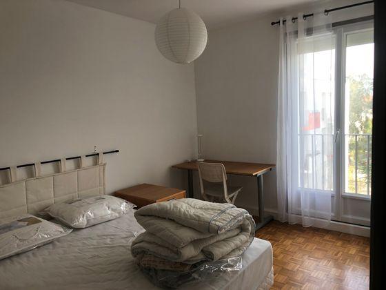 Location appartement meublé 3 pièces 66,57 m2