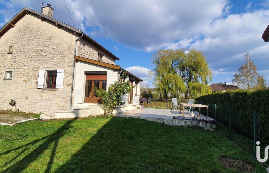 Vente maison 6 pièces 145 m² à Saint-Dizier (52100), 156 000 €
