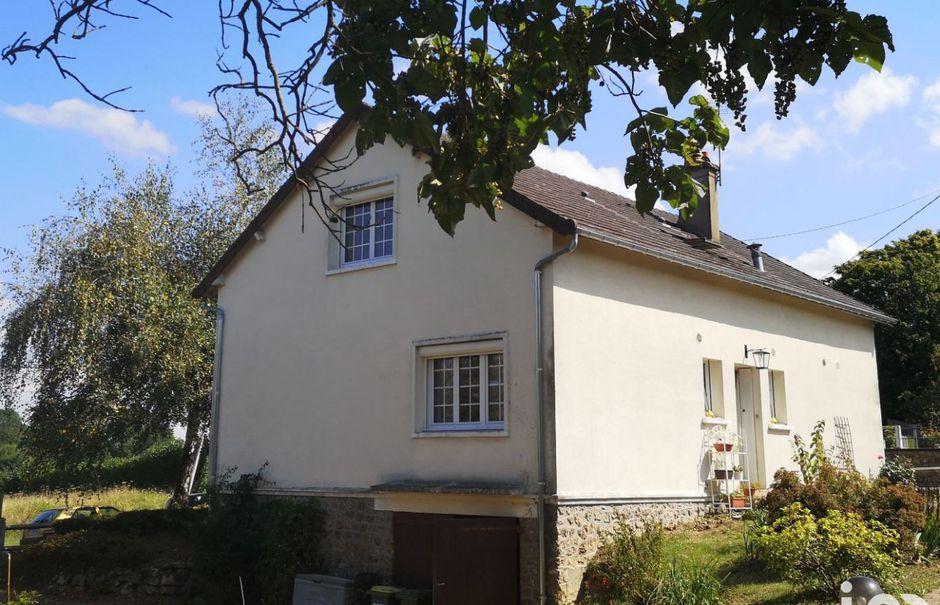 Vente maison 5 pièces 132 m² à La Chartre-sur-le-Loir (72340), 149 000 €