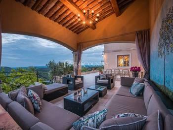 Villa 7 pièces 229 m2