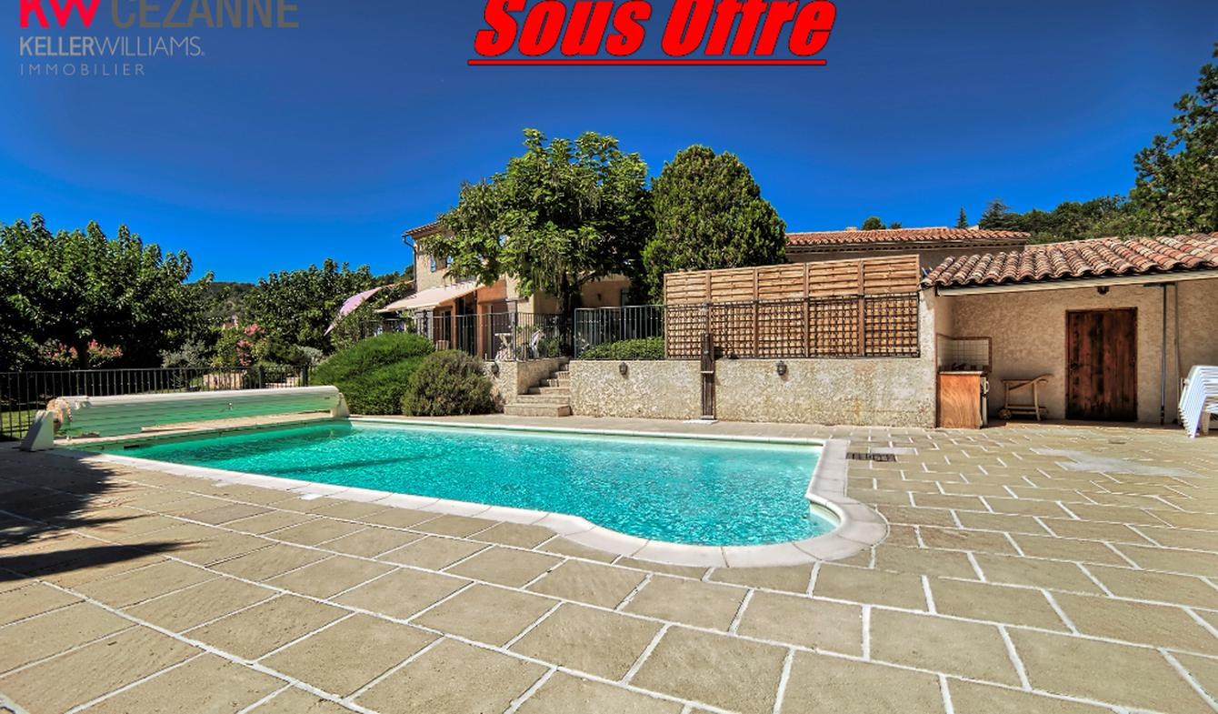 House with pool Gréoux-les-Bains