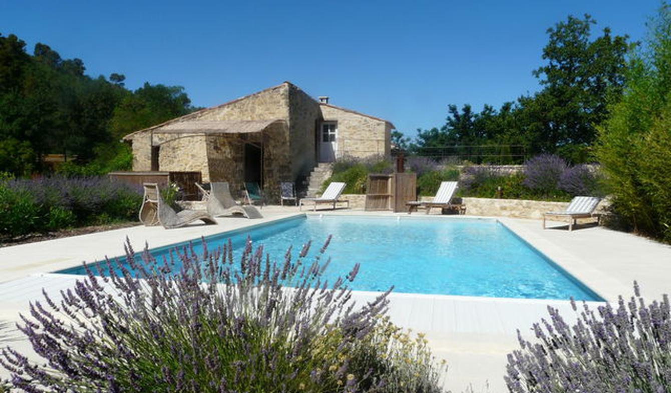 Propriété avec piscine et jardin Ansouis