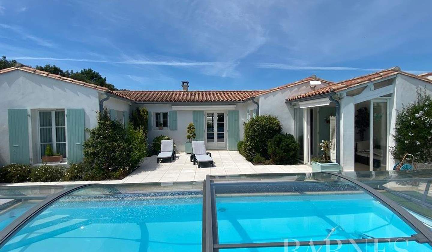 House with pool Rivedoux-Plage