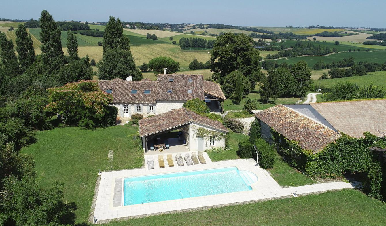 House with pool and terrace Lectoure