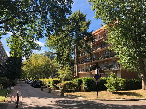 Location appartement 4 pièces 94,73 m2