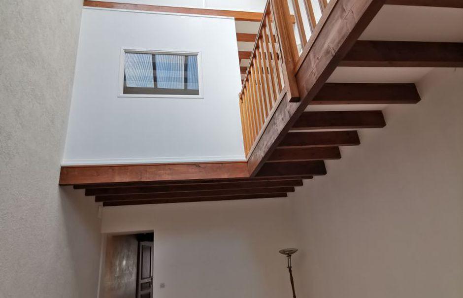 Vente locaux professionnels 4 pièces 184 m² à Macon (71000), 219 000 €