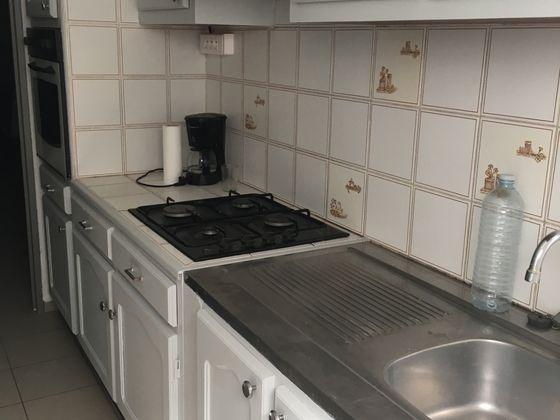 Location appartement meublé 3 pièces 48,49 m2