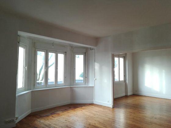 Location appartement 4 pièces 88,92 m2