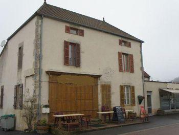 maison à Saint-Sernin-du-Plain (71)