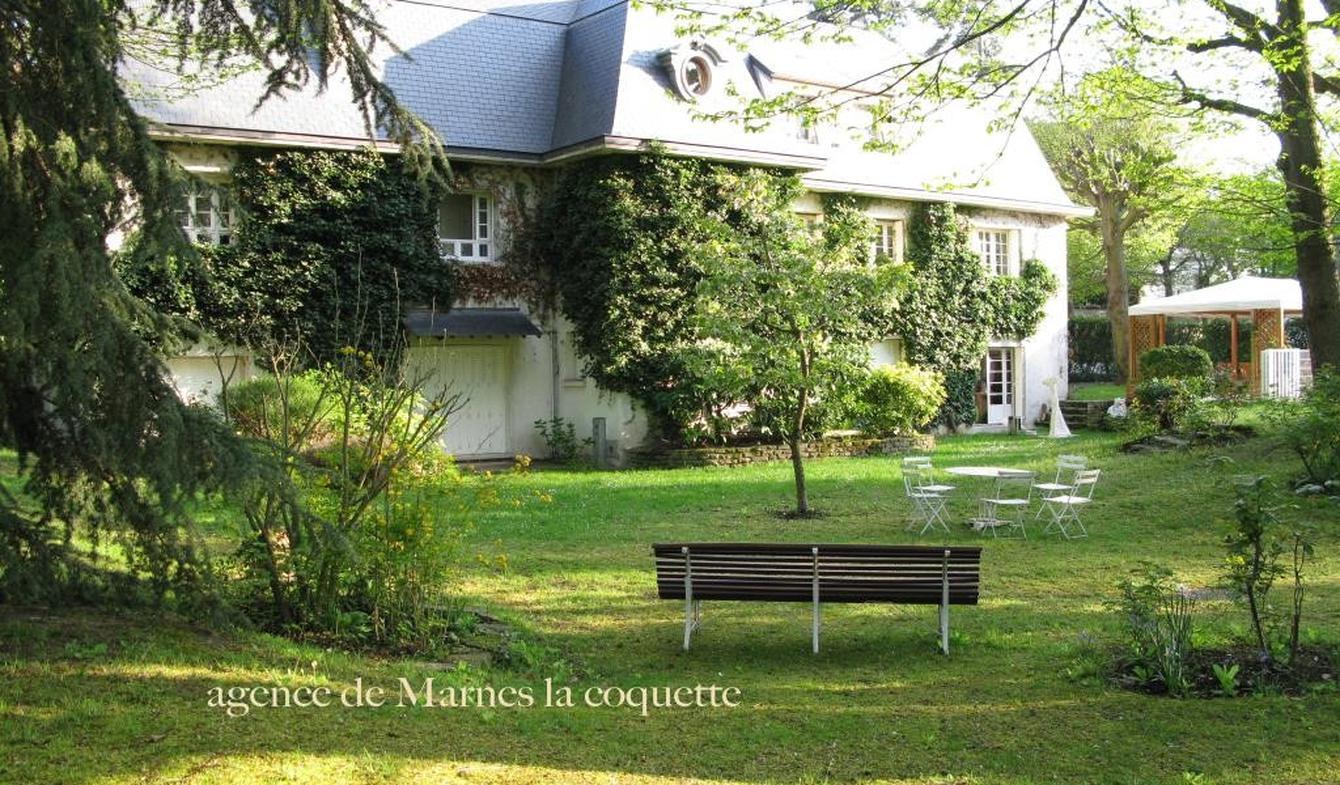 Villa avec piscine et terrasse Ville-d'Avray