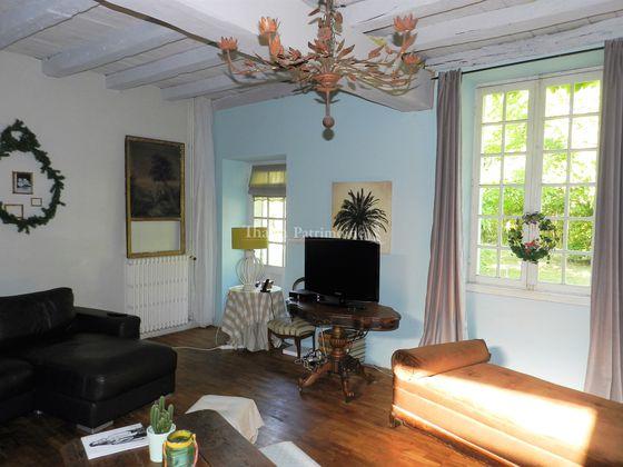 Vente maison 8 pièces 279 m2