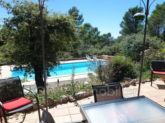 Vente villa 7 pièces 200 m2