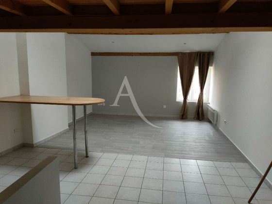 Location appartement 2 pièces 56,1 m2