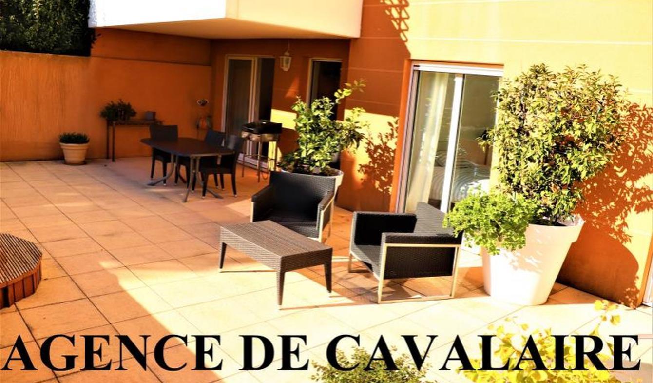 Appartement avec terrasse et piscine Cavalaire-sur-Mer